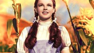 L'abito di Dorothy nel Mago di Oz venduto per 1,46 milioni di euro