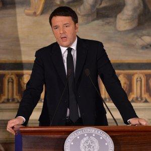 """Renzi: """"Un miliardo di euro per la cultura e bonus di 500 euro per i 18enni"""""""