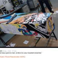 Parigi, nove artisti dipingono la bara di una delle vittime