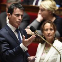 """Valls lancia l'allarme: """"È guerra permanente inutile nasconderlo ci saranno altri..."""