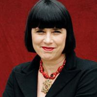 """Eve Ensler e il """"Monologo dell'Is"""", un grido contro la violenza sulle donne"""