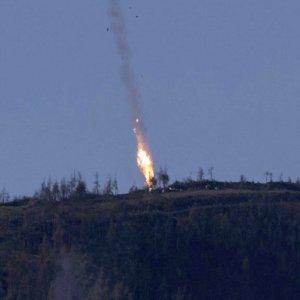 Crisi Russia-Turchia, recuperato pilota abbattuto in Siria