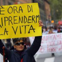 """Giornata contro la violenza sulle donne, Mattarella: """"Estirparla da società"""""""