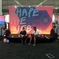 Viaggio tra i nerd dell'open source: ''Noi, hippy pragmatici, teneri e un po' pazzi''