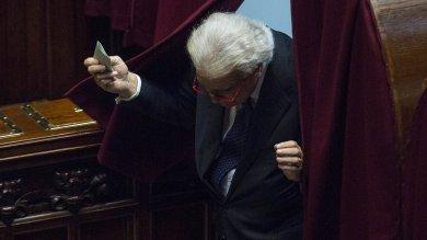 """Consulta, fumata nera in Parlamento il voto segreto affonda le intese sui giudici Grasso e Boldrini: """"27 sedute sprecate"""""""