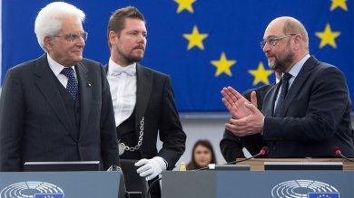 """Mattarella a Strasburgo   video      """"Momento drammatico, Europa ferita"""""""