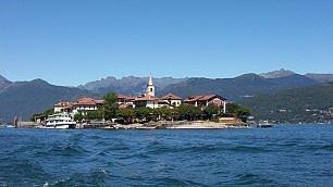 Un'isoletta in mezzo al lago Le più belle d'Italia e del mondo