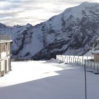 Sci, la fabbrica della neve: così la stagione brucia i tempi