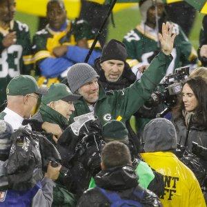 Nfl, i Bears rovinano la festa dei Packers. Ma che emozione per Favre