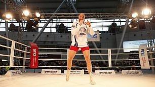Fury, il 'gigante cattivo' all'assalto di re Klitschko In 45mila per il match  di LUIGI PANELLA