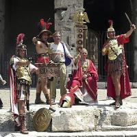 """Danilo Pascolo, il centurione sfrattato dal Colosseo: """"E ora chi mi dà 2mila euro al..."""