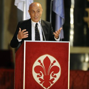 "Minniti:  ""La cyberguerra dell'intelligence"""