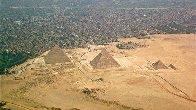 Egitto, attacco a Giza: uccisi 4 poliziotti