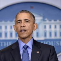 """Obama: """"Basta, gli Stati Uniti devono fare qualcosa per le armi facili"""""""