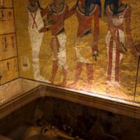 Nuove analisi su tomba Tutankhamon: scoperta stanza segreta
