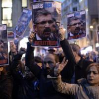 """Turchia, ucciso il capo degli avvocati curdi. Erdogan: """"Giusta nostra guerra al ..."""