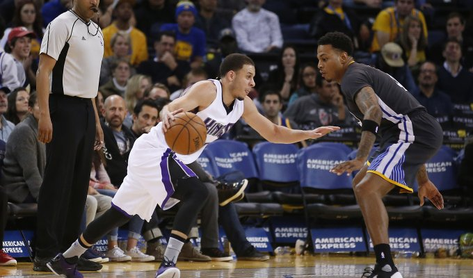 Golden State fa 18 Battuti anche i Kings