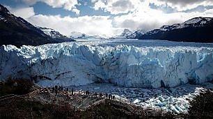 Patagonia, si sciolgono i ghiacciai resiste solo il Perito Moreno