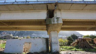 Viadotto lesionato sulla Palermo-Sciacca Carabinieri lo chiudono, Anas riapre   foto