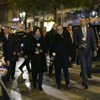 Obama arriva a Parigi e rende omaggio al Bataclan