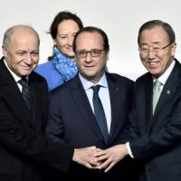 "Parigi, Cop21 al via. Hollande: ""Non deludiamo il mondo"". Obama: ""Noi, inquinatori..."