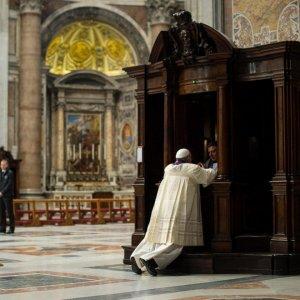 """Giubileo, i missionari della misericordia inviati dal Papa: """"Potranno perdonare anche l'aborto"""""""