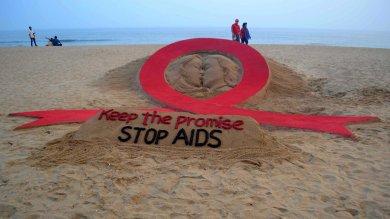 Aids: meno paura, prevenzione arretra   Foto  La giornata mondiale  /   tutti i numeri