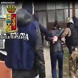 Quattro arresti in Italia e Kosovo  'Collegati a Jihad, minacce a Papa'