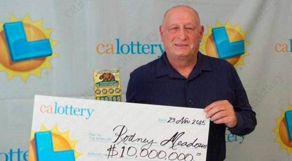 Usa, vince mille dollari alla lotteria: li rigioca e guadagna 10milioni