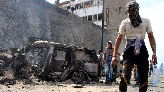 Yemen, ucciso il governatore di Aden. Rivendicazione Is