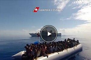 Bastrebbe un traghetto: da Tunisi a Palermo sulle rotte dei migranti