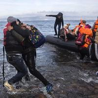 Grecia, affonda barcone: morti 11 migranti fra cui 5 bambini. Migrantes: