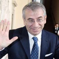 Salva banche, 2,4 milioni i compensi per i nuovi vertici
