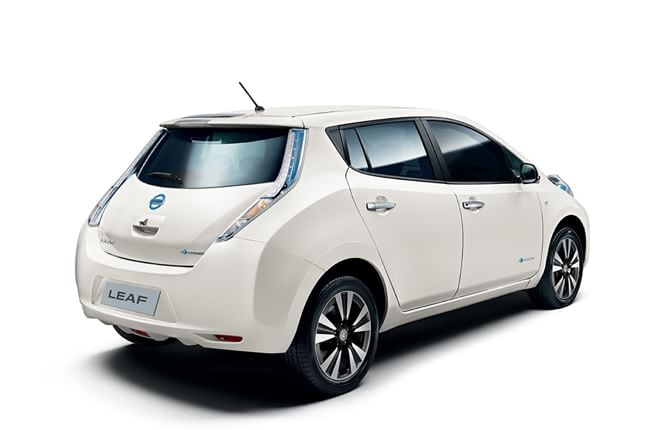 Nissan festeggia 5 anni di Leaf