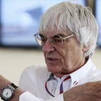 Formula 1, Ecclestone duro: