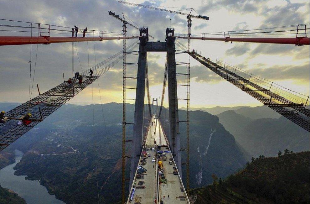 Vertigini sul ponte la cina inaugura il secondo pi alto for Ponte del secondo piano