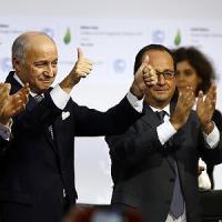 Un segnale a Big Oil: ora le Borse sono pronte a spostare i soldi sull'energia pulita