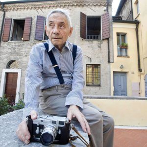 E' morto Mario Dondero, fotografo di strada e di lettere