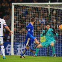 Inghilterra, Ranieri batte Mourinho: Leicester sempre capolista
