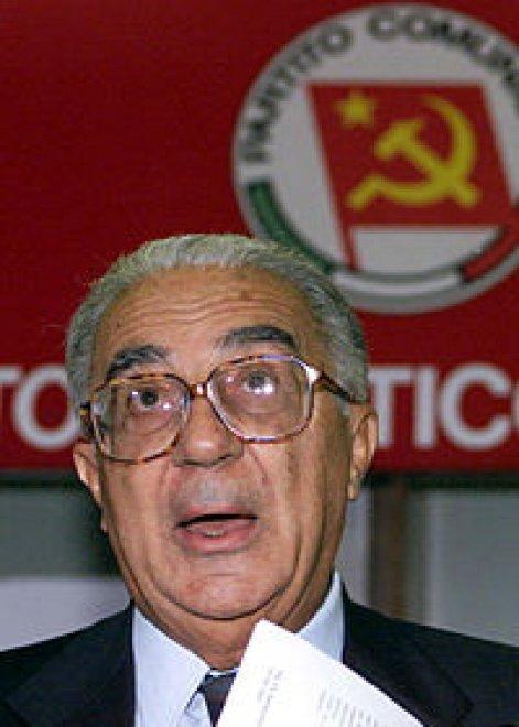 """Morto Armando Cossutta, il più """"russo"""" dei comunisti italiani"""