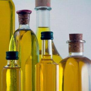 """Falso olio extravergine, produttori contro il decreto. Ma il governo interviene: """"Nessuna depenalizzazione"""""""