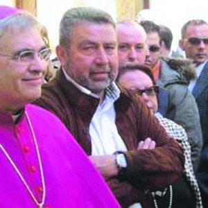 Ville e bed & breakfast con i soldi dell'8 per mille: l'ex vescovo di Trapani nella bufera