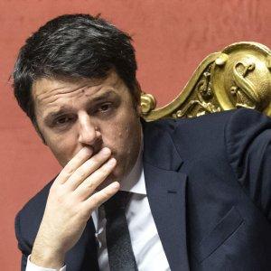"""Banche, Renzi: """"Non accettiamo lezioni di trasparenza"""""""
