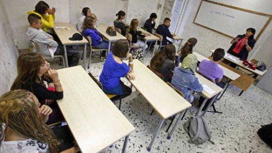 Scuola, l'ultima beffa 30mila senza stipendio e tredicesime da 1 euro