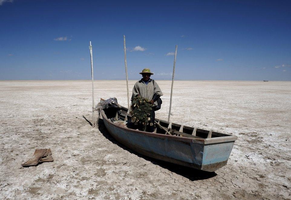 Bolivia, allarme siccità e inquinamento: sparisce il lago Poopò