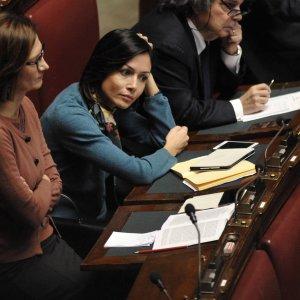 """Lo strappo di Berlusconi, licenziato  Brunetta: """"Basta, il capo non è lui"""". Al suo posto la Carfagna"""
