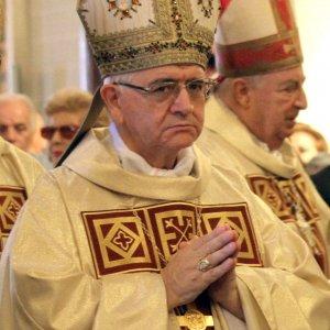 """Prete accusato di pedofilia, il giudice: """"Vescovo lo ha coperto"""""""