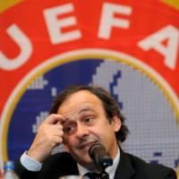 Presidenza Fifa, ora la lotta si restringe a Infantino e allo sceicco