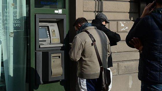 Crolla la fiducia nelle banche: ormai sono affidabili solo per il 16%