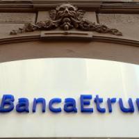 Banche, prestiti a rischio e audit interni aggiustati: così un gruppo di manager ha sbancato l'Etruria